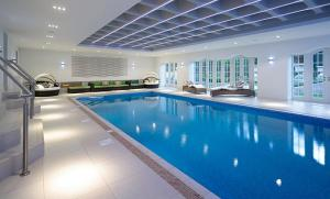 The swimming pool at or near Alora Studio in Sydney Central - Darling Harbour