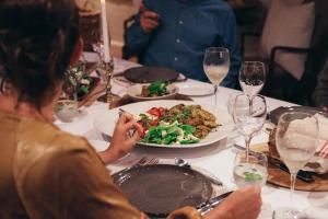 Lunch and/or dinner options for guests at La Clé Village
