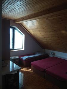 Posteľ alebo postele v izbe v ubytovaní Penzionhanarobo