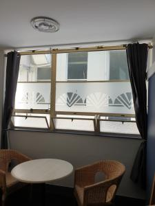A seating area at Archies Bunker Affordable Accommodation