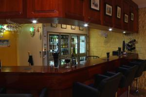 The lounge or bar area at Copper Country Motor Inn & Restaurant