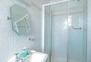 A bathroom at Hillcrestview
