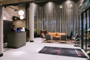 Majoituspaikan Original Sokos Hotel Seurahuone Kotka aula tai vastaanotto