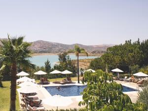 A view of the pool at B bou Hotel La Viñuela & Spa or nearby