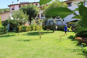 Jardín al aire libre en AZTIETA CASA RURAL