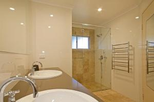 A bathroom at 1/17 22nd Ave - Sawtell, NSW
