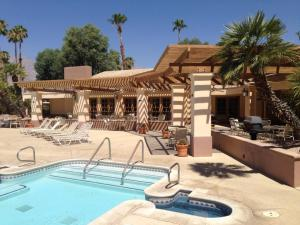 The swimming pool at or near Roadrunner Club 341 Home