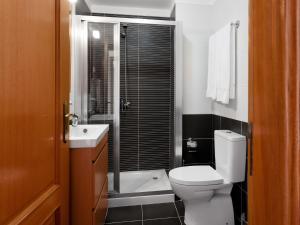 Uma casa de banho em Quinta do Bárrio