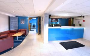 The lobby or reception area at Travelodge Dublin Airport North 'Swords'