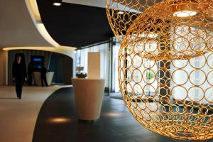 The lobby or reception area at Pullman Brussels Centre Midi
