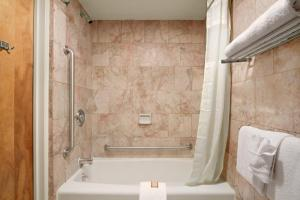 A bathroom at Oh St Joseph Resort Hotel