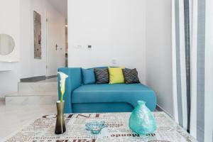 A seating area at Apartment Mirella