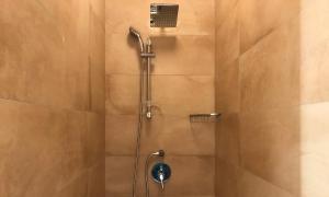 Et badeværelse på Mellieha Holiday Centre