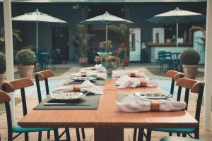 A restaurant or other place to eat at Casa Rosa Hotel Boutique