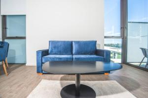 A seating area at Wentworth Point 2Beds1Study2Bath Brand new APT