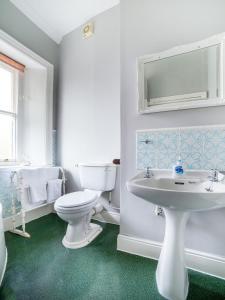 A bathroom at The Briary