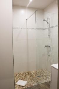 Salle de bains dans l'établissement Auberge Du Cap Nègre