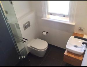 A bathroom at Private Room Heart of Sydney