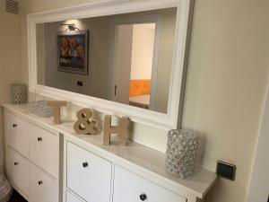 A kitchen or kitchenette at T&H LLEVANT SALOU FAMILY APARTMENT