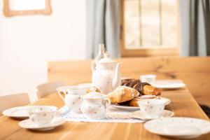 Frühstücksoptionen für Gäste der Unterkunft Ferienhaus Brandleit