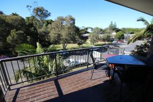 A balcony or terrace at Hawaiian Gardens - Unit 3