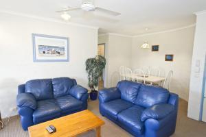 A seating area at Sassafras - Unit 11 - Coffs Harbour