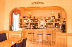 The lounge or bar area at The Hill Hotel