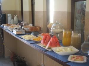 Breakfast options available to guests at B&B JPA