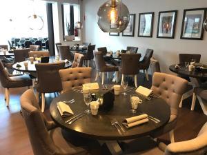 En restaurang eller annat matställe på Quality Hotel Vänersborg