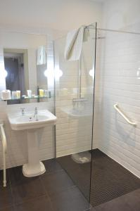 A bathroom at B+B Edinburgh