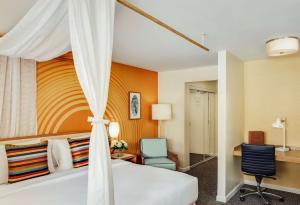 A bathroom at Wild Palms Hotel, a Joie de Vivre Hotel