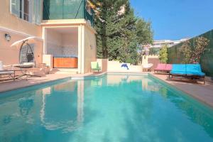 The swimming pool at or near Villa Jolimont