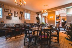 A restaurant or other place to eat at The Dog & Doublet Inn
