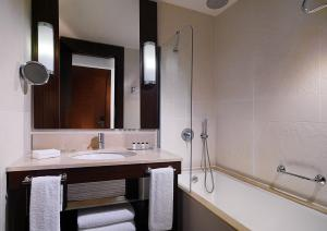 A bathroom at Sheraton Batumi Hotel