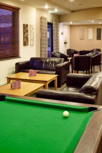 A pool table at ibis Lincoln