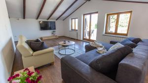 A seating area at Holiday Home Franika