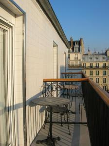 A balcony or terrace at Hotel Darcet