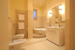 Łazienka w obiekcie Apartament Secesyjny