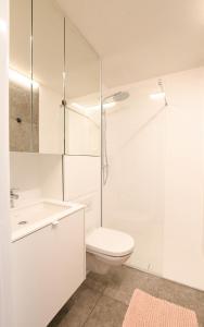 A bathroom at Studio Zeezicht fully renovated