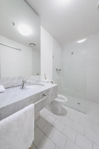 A bathroom at QV Central CBD Best Location -2Bedder+CarPark+GymPool