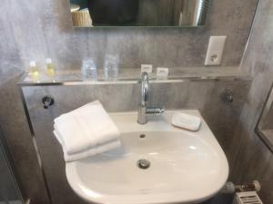 Ein Badezimmer in der Unterkunft B&B Hotel Stadt Winterberg