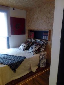 A bed or beds in a room at le dit vin secret