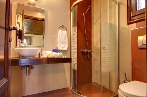 Ванная комната в Hotel Zagora