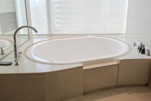 حمام في فندق نيكو شنغهاي