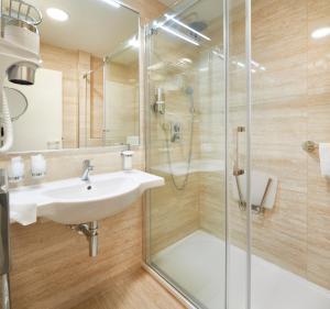 Koupelna v ubytování Orea Spa Hotel Cristal