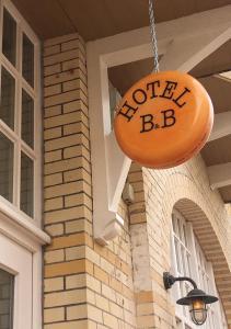 Das Logo oder Schild des Hotels