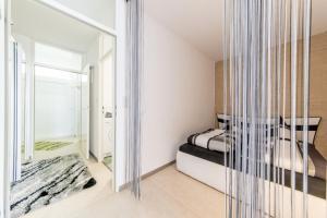 Ein Bett oder Betten in einem Zimmer der Unterkunft 2641 Privatapartment Top Max