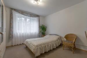 Postel nebo postele na pokoji v ubytování Privatapartment West-Hannover (5809)