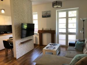 A seating area at Apartament Morena