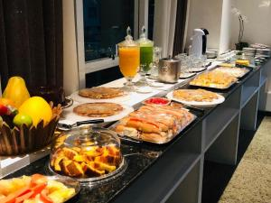 Breakfast options available to guests at VIP Beira Mar Residence